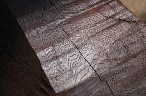 希少で上質な木材 古木 を使用